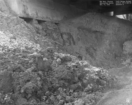 Image: di128738 - End bent placing  sub-surface drains, I-471 bridge project