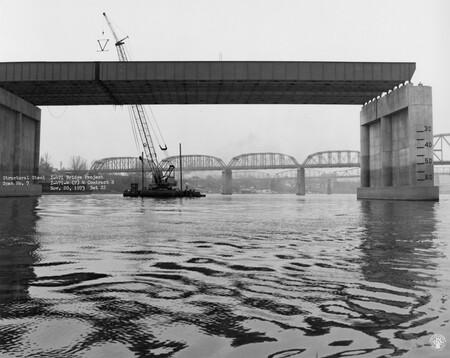 Image: di128744 - Structural steel, span 7, I-471 bridge project