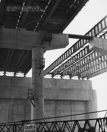 Image: di128773 - Access ladder to work platform at pier 10, I-471 bridge project