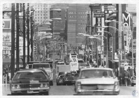 Image: di13247 - looking north from 12th Street