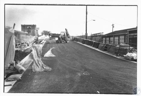 Image: di13578 - working on 12th Street overpass
