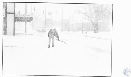 Image: di13976 - Shoveling snow in front of Village Cinema - 3615 Dixie Highway