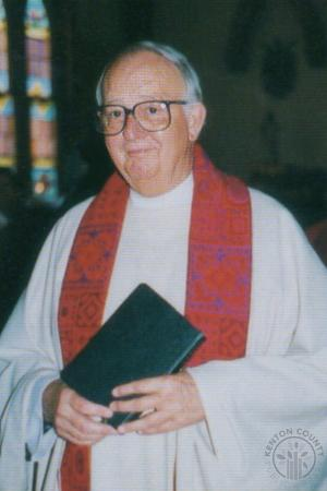 Image: di130024 - Fr. Lee Frances Trimbur (at mass) Saint John Church