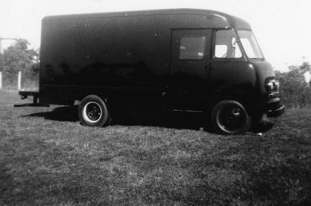 Image: di130148 - Side pic of probably Ford Panel Delivery Truck-1954 Model No. P500 (P500D4H 2593)