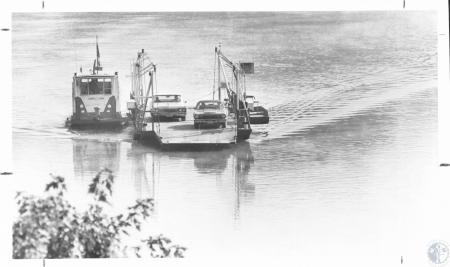 Image: di14300 - New Richmond ferry returning from Ohio