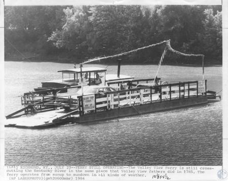 Image: di14309 - Valley View Ferry, operating on the Kentucky River