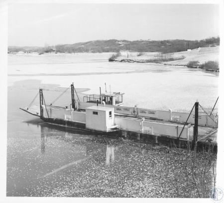 Image: di14315 - Warsaw Ferry