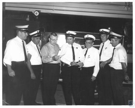 Image: di14532 - L-R: Chief Ed Bohart, Highland Heights, Chief Don Berkemeier, Wilder, Asst. Chief Charles Wietholter,....