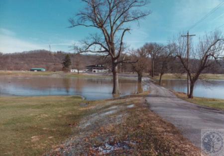 Image: di14756 - Winter 1996 Flood, Twin-Oaks Entrance