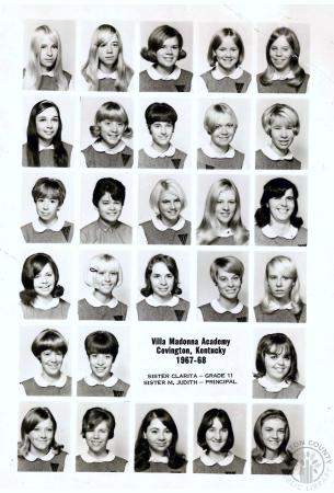 Image: di140027 - Starting from top left: Patty Geary, Kris Barbara, Barb Gallenstein, Mary Dunn, Cheriee Hellings, Ester....
