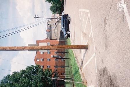 Image: di140084 - Parking on Linden Avenue.