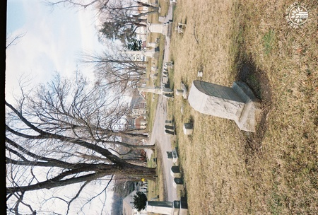 Image: di140093 - Cemetery roadway looking north.