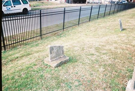 Image: di140096 - An unknown grave.