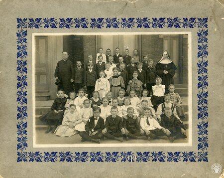 Image: di140102 - Unknown catholic school photograph.