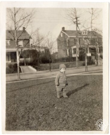 Image: di140122 - Photograph of W. Orchard and unknown child.