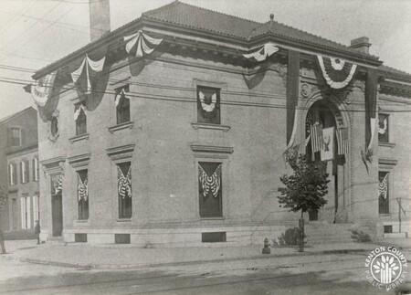 Image: di140274 - Newport Public Library