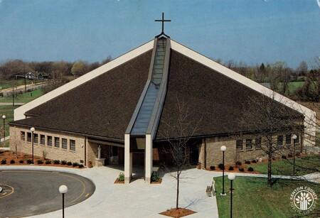 Image: di140408 - St. Pius X Church