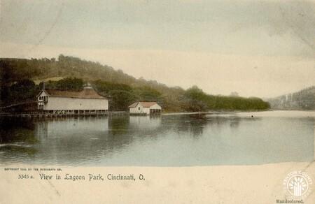 Image: di140416 - View in Ludlow Lagoon Park