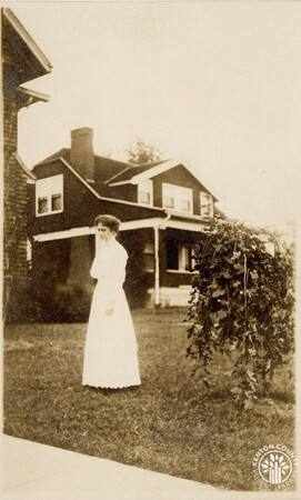 Image: di140425 - Postcard of unknown woman in Fort Thomas