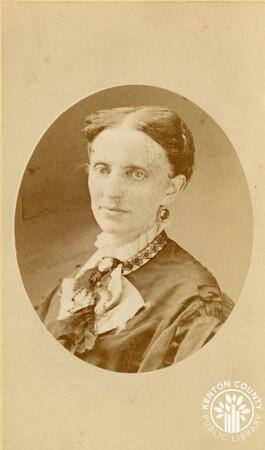 Image: di140498 - Unknown woman - photo by Vincent, 152 W. 4th St., Cincinnati.