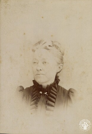 Image: di140505 - Unknown woman - friend of Emma Alley Stanley. Photo done by H. Mueller, Artist & Photographer, 407 Vine....