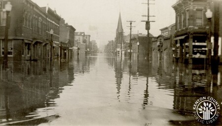 Image: di141011 - 7th and Scott Streets during the 1937 flood.