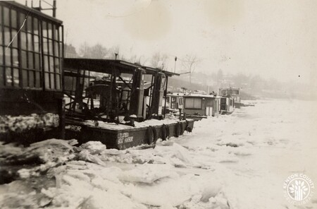 Image: di141020 - Boats pictured during the 1937 flood.