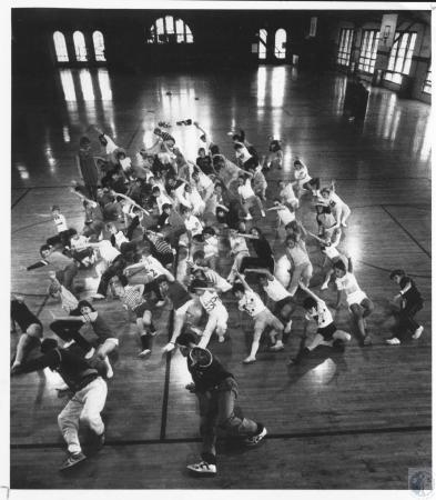 Image: di15053 - Break dancing class at Ft. Thomas Armory