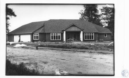 Image: di15915 - home under construction
