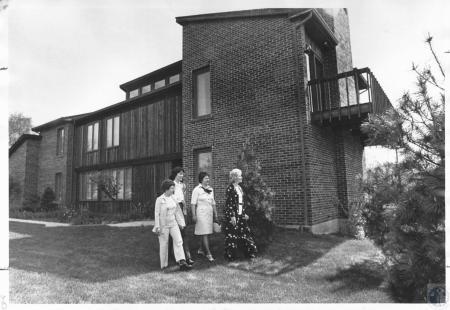 Image: di15919 - Mrs. Jack Wise, Susan Tesseneer, Mrs. Larry Douglas & Mrs. Frank Scudder