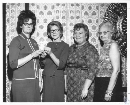 Image: di17810 - Vera Angel, Edyth Brogan, Elmer Farrar, Bett Nordheim