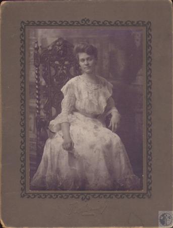 Image: di18772 - Mabel Glenn (Mrs. Fred Colwell)