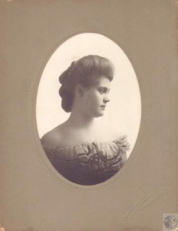 Image: di18846 - Mabel Glenn (Mrs. Fred Colwell)