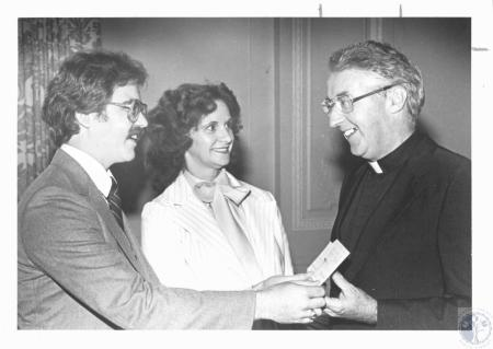 Image: di18987 - (right) Rev. Ralph Hartman