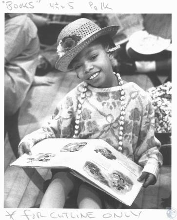 Image: di19239 - Kierra Johnson (9) dressed as