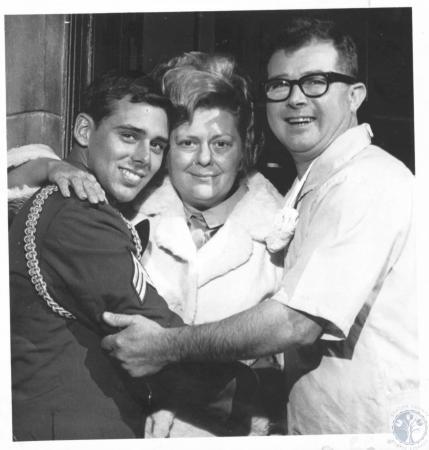 Image: di19358 - G.L. Kuntz family