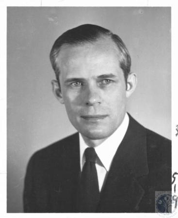 Image: di19380 - Mr. Krumpelmann