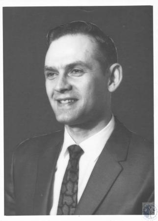 Image: di20416 - C.W. Steinhart, Cincinnati are circuit supervisor Jehovah's Witnesses