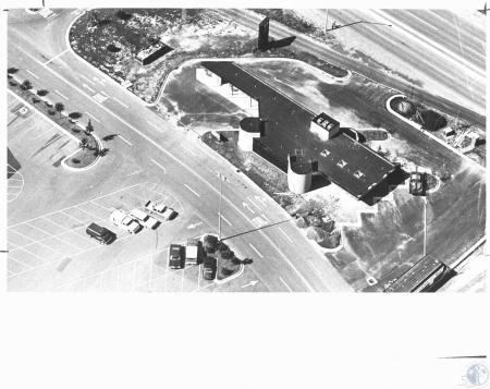 Image: di20555 - Southgate Federal, grand opening