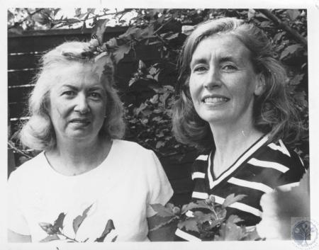 Image: di20746 - Mrs. Edward Stratman and Mrs. Anthony Giglia