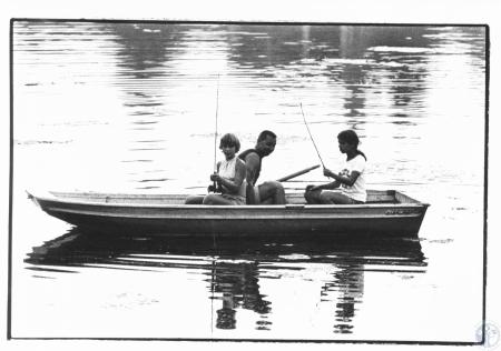Image: di21837 - Boating and fishing on Lake Marydale