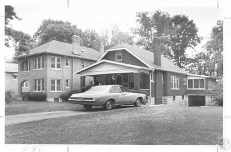 Image: di21914 - Home of Pat Make, 75 Arcadia, murder victim