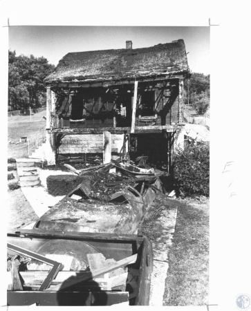 Image: di22225 - Burned out home of the Milburn family at 197 Old Decoursey Pike