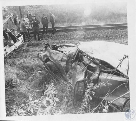 Image: di23167 - Wreck at Southern RR and Frogtown Road