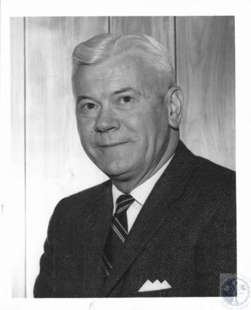 Image: di23553 - Dr. Richard K. Young, chaplain at North Carolina University Hospital