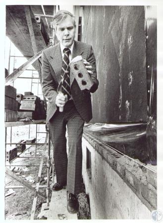 Image: di23867 - Ralph Drees laying bricks at Oakbrook subdivision