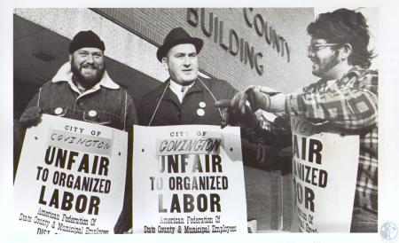 Image: di24541 - Kenneth Dryer, Stanley Harmon, Dave McClure picketing Covington