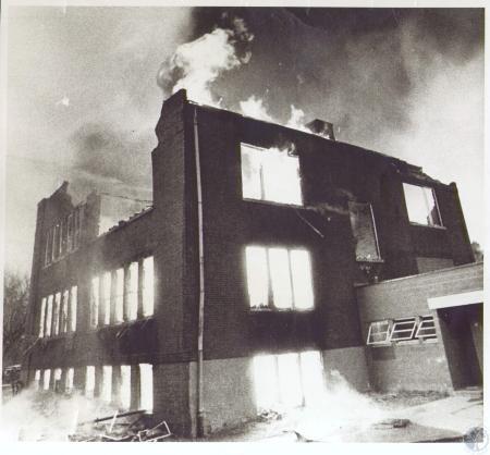Image: di24543 - Dry Ridge School fire