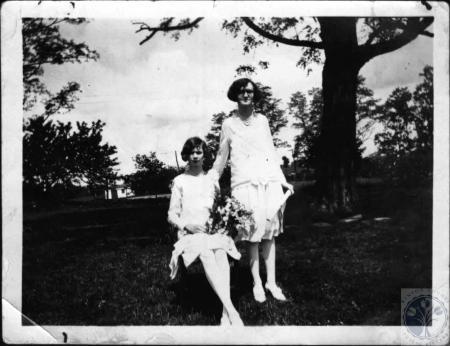 Image: di27591 - Piner High - Georgia & Mary Campbell