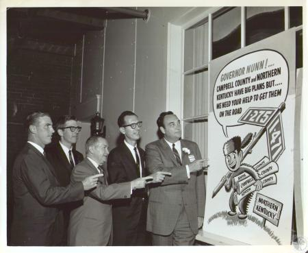 Image: di29918 - Governor Louie Nunn (far right) Art Schmidt (2nd from right)